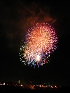 長良川全国花火大会の写真素材 [FYI00428078]