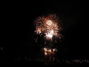 長良川全国花火大会の写真素材 [FYI00428087]