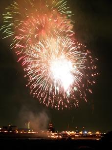 長良川全国花火大会の写真素材 [FYI00428088]