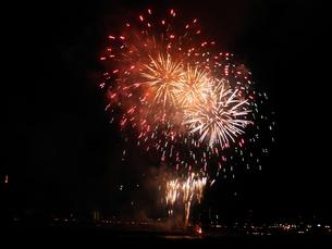 長良川全国花火大会の写真素材 [FYI00428089]
