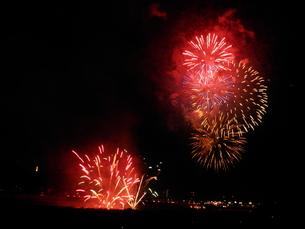 長良川全国花火大会の写真素材 [FYI00428095]
