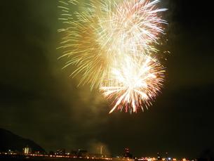 長良川全国花火大会の写真素材 [FYI00428102]
