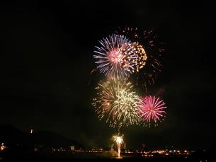 長良川全国花火大会の写真素材 [FYI00428109]