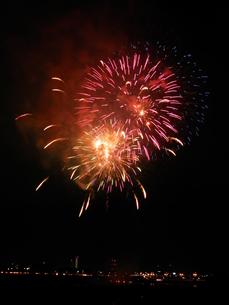 長良川全国花火大会の写真素材 [FYI00428112]