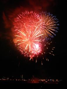 長良川全国花火大会の写真素材 [FYI00428117]