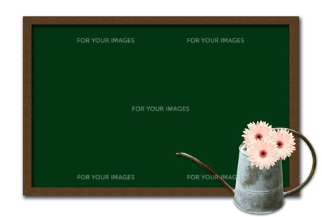 黒板とブリキのジョウロの素材 [FYI00428713]