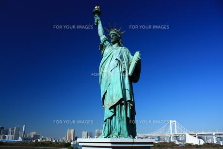 お台場自由の女神の写真素材 [FYI00428914]