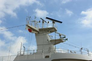 青空と客船の写真素材 [FYI00429045]