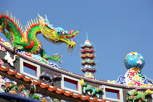横浜中華街  関帝廟の飾りの写真素材 [FYI00429067]