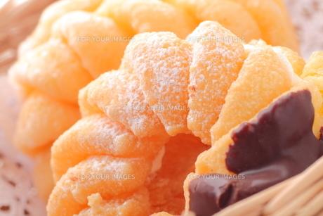 チョコドーナツの写真素材 [FYI00430071]