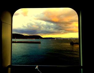 船の中から見る瀬戸内海の素材 [FYI00430391]