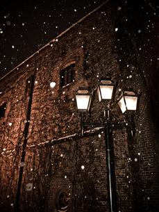 雪の街の写真素材 [FYI00430559]