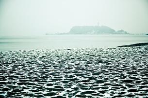 雪の湘南の写真素材 [FYI00430633]