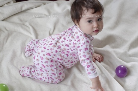 可愛い赤ちゃんの写真素材 [FYI00430929]