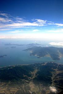 飛行機の窓から見た景色の写真素材 [FYI00432725]
