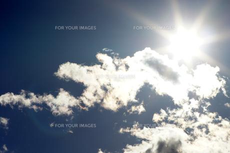 雲と太陽の素材 [FYI00432876]