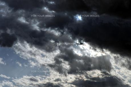 冬の黒雲の素材 [FYI00432883]