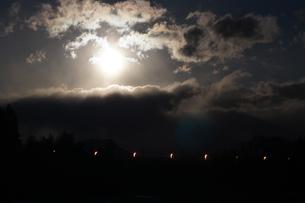 満月の夜の素材 [FYI00432887]