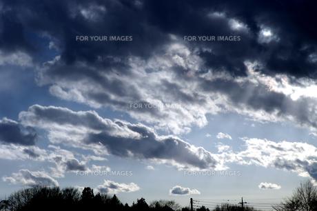 冬の黒雲の素材 [FYI00432893]