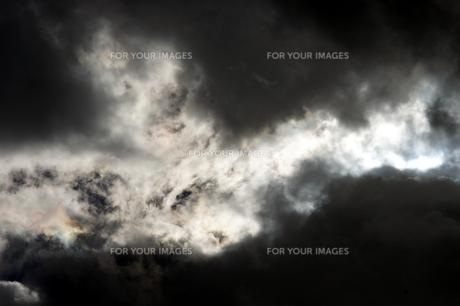 雲間の写真素材 [FYI00432894]