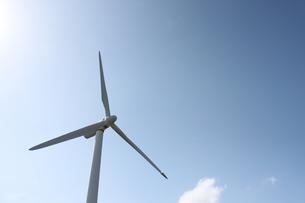 風車と青空の素材 [FYI00434073]