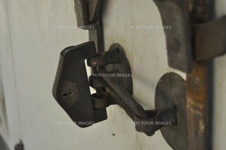 古い錠前の写真素材 [FYI00434947]