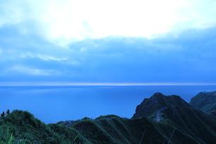 朝の山の写真素材 [FYI00435214]