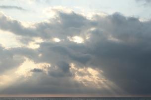 海の夕刻の素材 [FYI00435277]