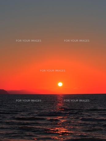 石狩で夕景を撮影の素材 [FYI00435335]