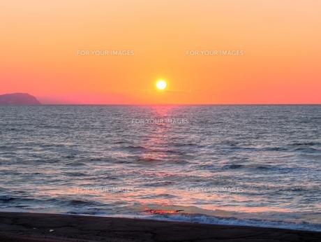 北海道石狩。春の夕景の素材 [FYI00435352]