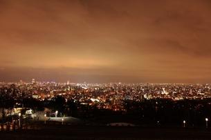 旭山記念公園からの札幌市の夜景の素材 [FYI00435397]