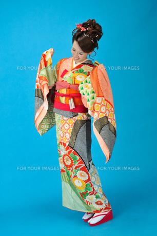 着物の女性の写真素材 [FYI00435947]