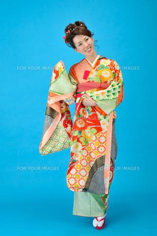 着物の女性の写真素材 [FYI00435956]