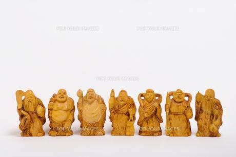 木彫りの七福神の写真素材 [FYI00435996]