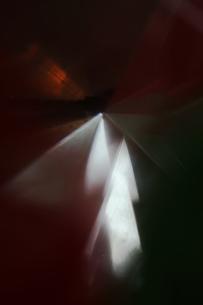 ガラスの光の屈折の写真素材 [FYI00436104]