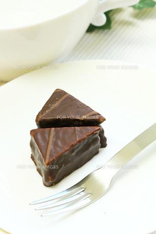 チョコレートケーキのテータイムの写真素材 [FYI00436147]
