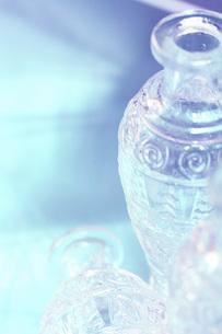 陽にあたるボトルの素材 [FYI00436168]