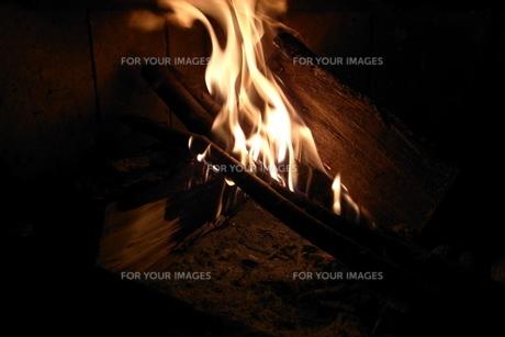 暖炉の写真素材 [FYI00436358]