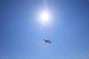 離陸中の写真素材 [FYI00437025]