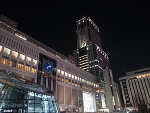 札幌駅の夜景の写真素材 [FYI00437345]