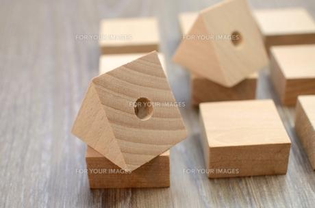 並べた木片の写真素材 [FYI00437362]