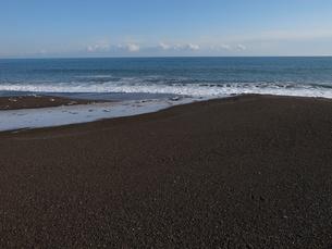 砂浜と水平線の写真素材 [FYI00437371]