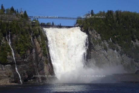 モンモランシーの滝の写真素材 [FYI00437455]