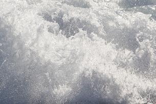 波頭の写真素材 [FYI00437582]
