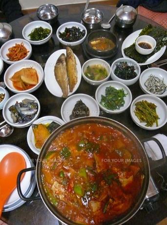 韓国料理のおかずの写真素材 [FYI00439027]