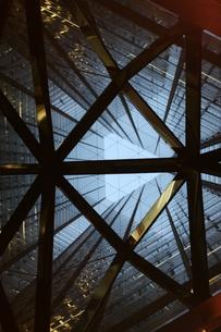 三角のビルの写真素材 [FYI00439074]