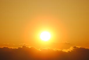 日の出の写真素材 [FYI00439283]