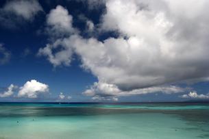 真夏のニシハマビーチの写真素材 [FYI00439464]