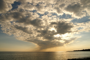 続く雲の写真素材 [FYI00439793]