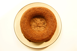 シフォンケーキ ココアシフォンケーキの写真素材 [FYI00439899]